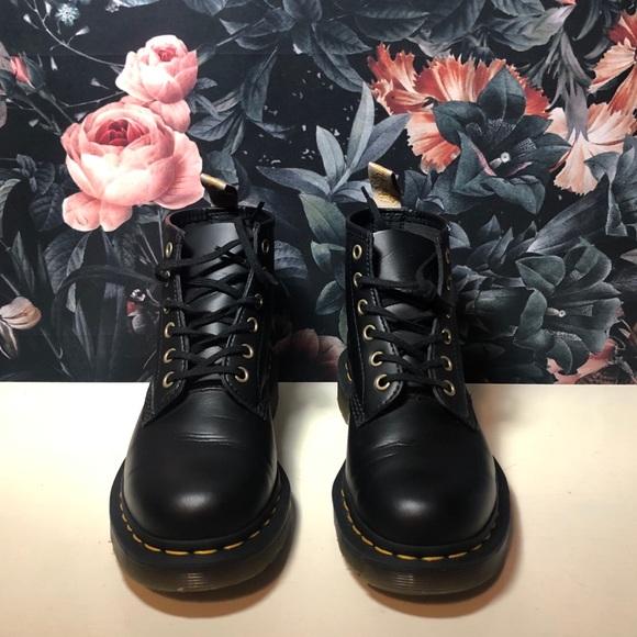 Dr Martens Vegan 1 Boots Size Eu37